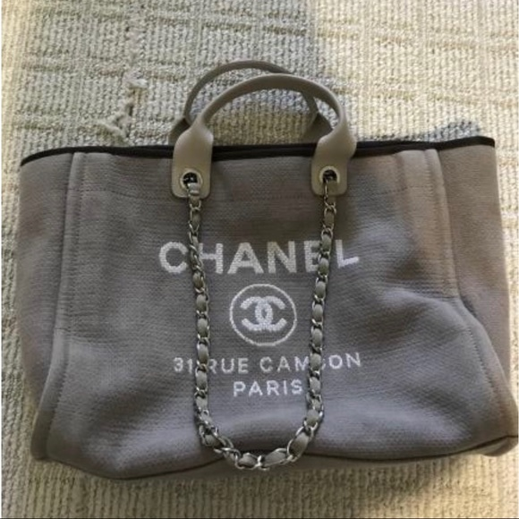 a81f976d6b7a CHANEL Handbags - Chanel deauville tote